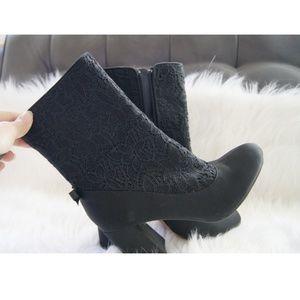 Anthro Nanette Lepore Linette black lace booties